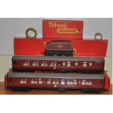 TriAng Hornby R422 423 R34 Princess Maroon Composite Brake Coach Tender OO Gauge